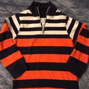 Boys 4T pullover. Great condition.